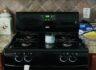 Whirlpool Gas Range & Over the Range Microwave oven 팔아요.(가격 업데이트)